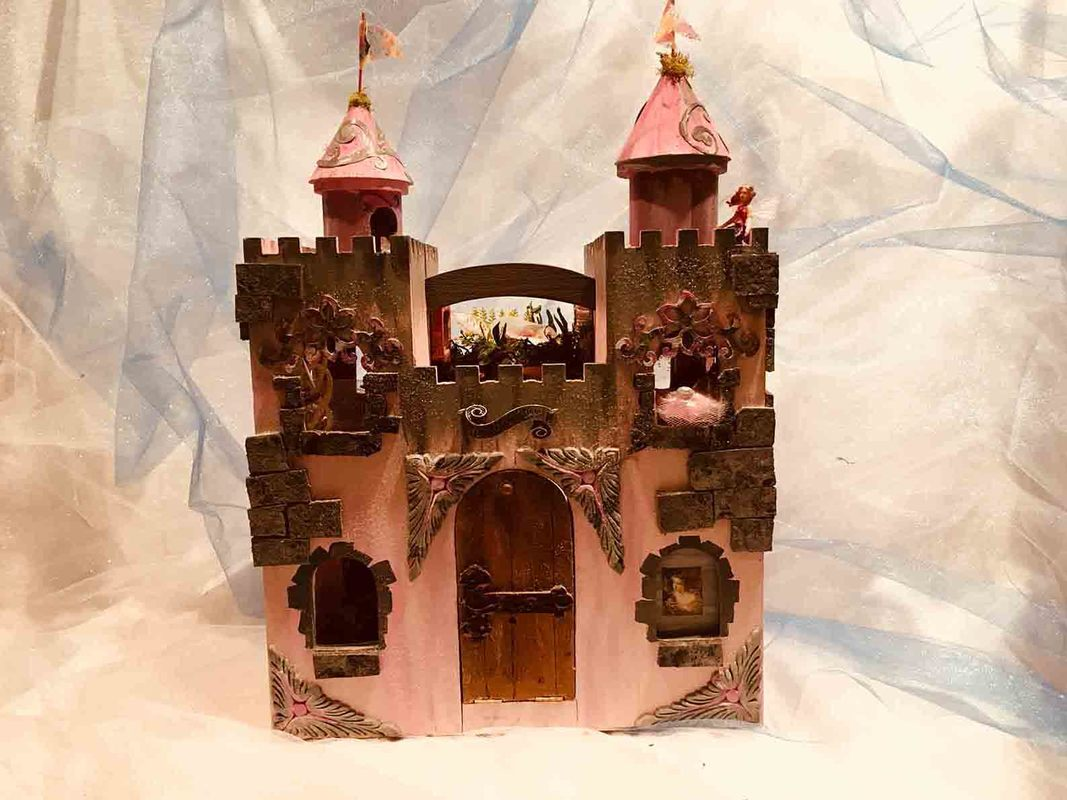 The Fairies Chamber: Enchanted Fairy Castle